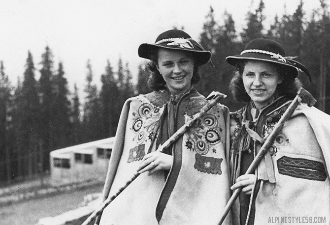 tracht women alps mountains funicular germany austria