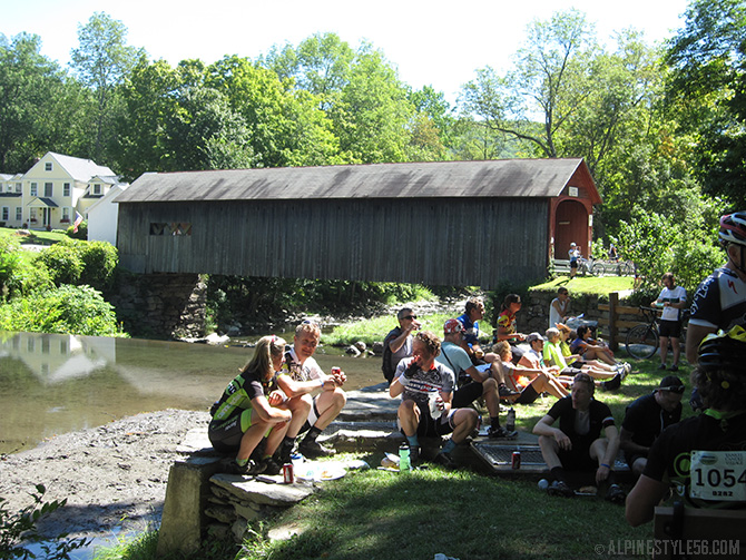 d2r2 lunch guilford vermont covered bridge bike