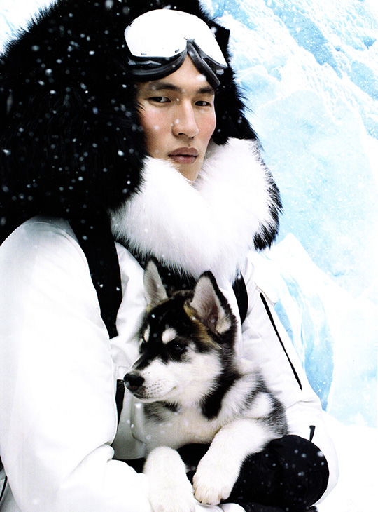 moncler gamme rouge ad man husky dog ski snow 2013