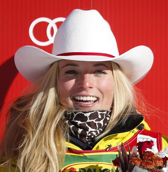 lara gut switzerland lake louise win winner 2013 wears igotswagg giraffe scarf