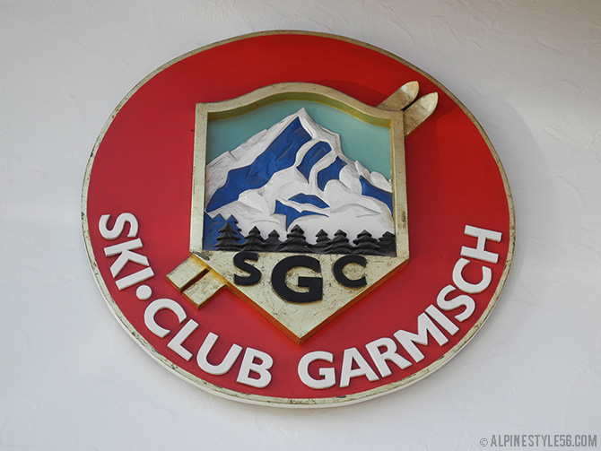 ski club garmisch logo office building
