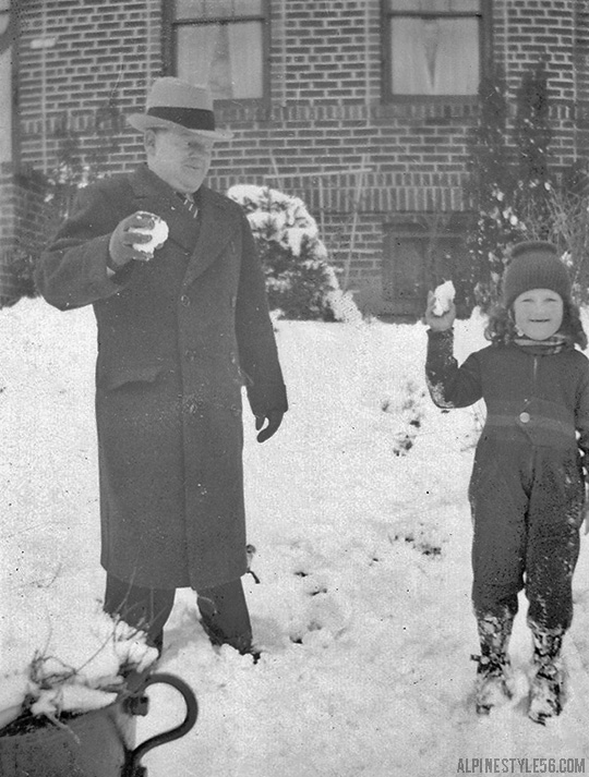 father dad kid child snowball vintage photo